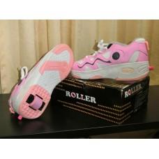 รองเท้า โรลเลอร์ สเก้ต  Roller skate สีชมพู หวาน